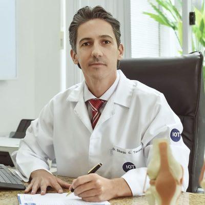 Dr. Eduardo Campelo Tavares, Traumatologia do esporte e especialista do joelho